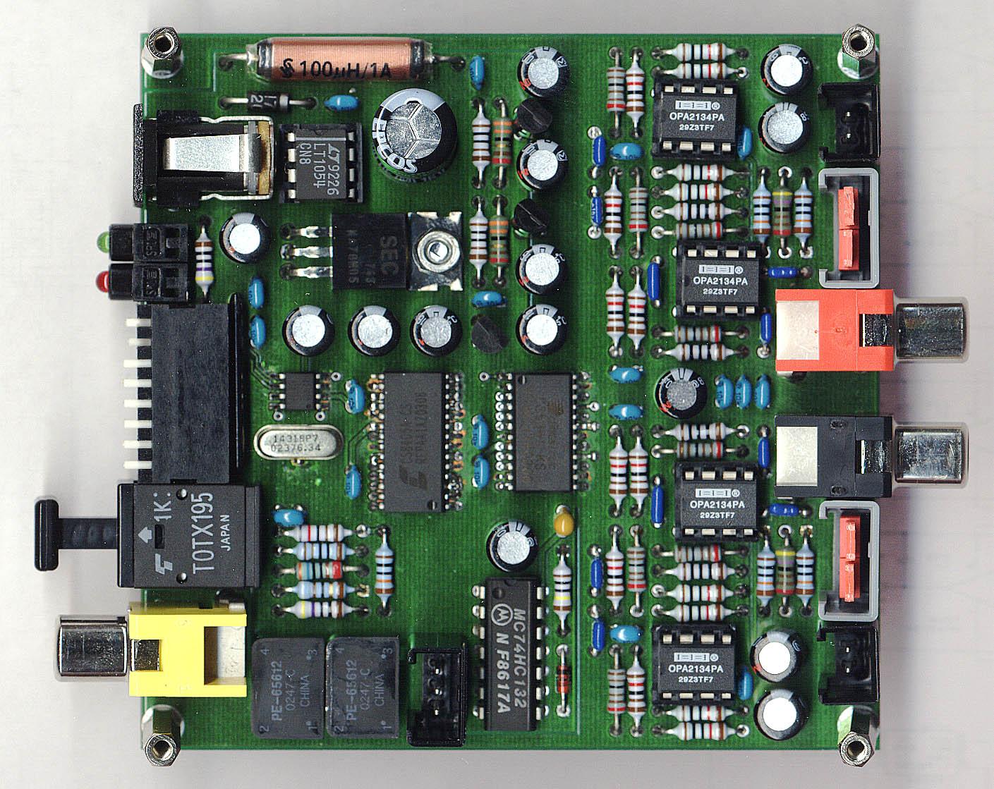 24 Bit / 96 kHz Audio Analog to Digital Converter AD2496